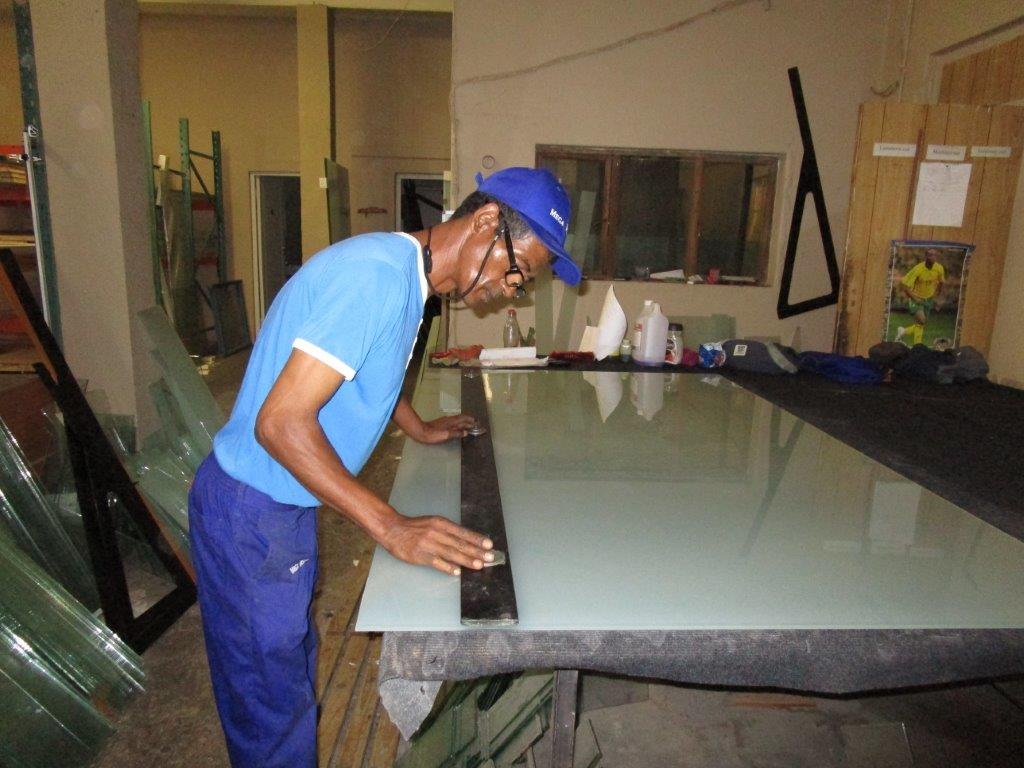 In House Glazing Mega Doors (8)